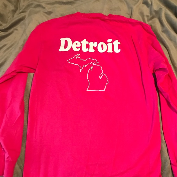 Tops - 💥3 for $10 💥 Breast Cancer Long Sleeve T